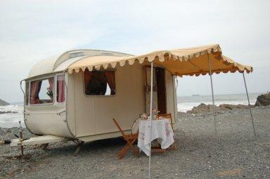 LoveLane-Caravans_on